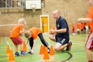 PR08_Gary Bassett & children at A-Star Sports_6K6A3491
